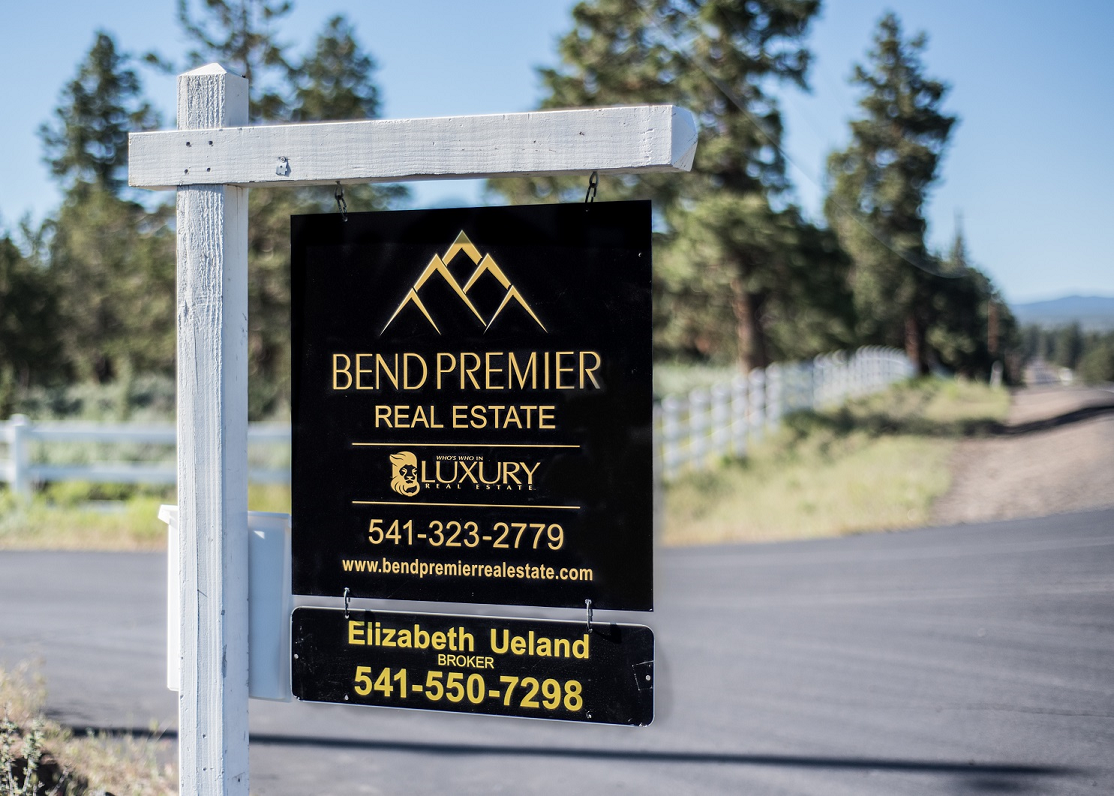 Bend Luxury Real Estate Sign